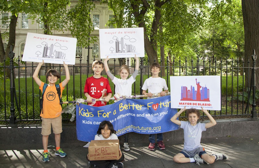 Kids Ask De Blasio to Help Homeless Families